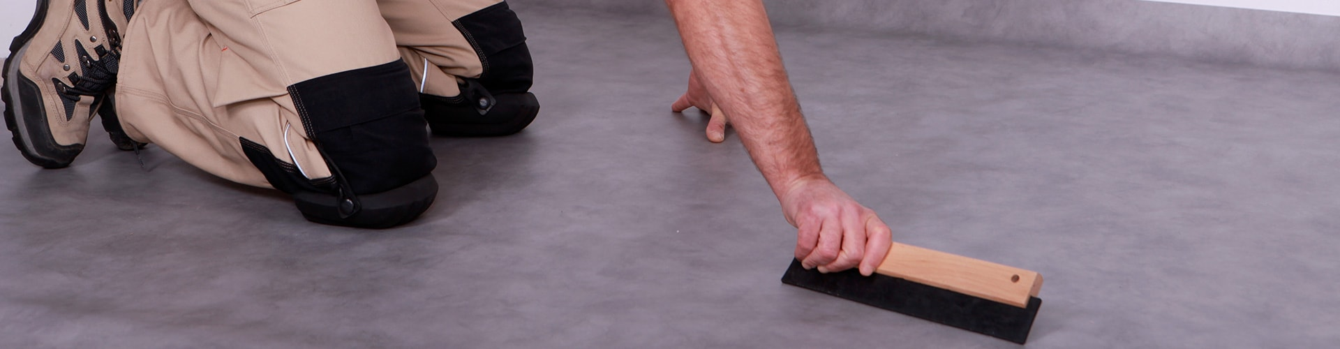 Pose de lino : avantages du revêtement de sol en linoléum  Mesdevis
